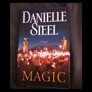 Danielle Steel's Magic hardcover book.
